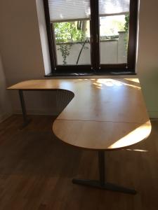 Uni Marktplatz Schreibtisch Ikea Effektiv